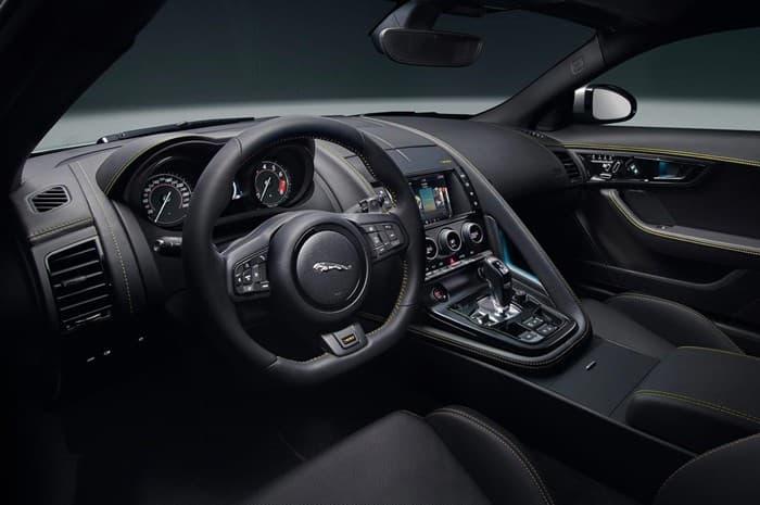 Салон нового Jaguar F-Type 400 Sport 2018