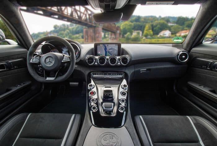 Салон Mercedes AMG GT S 2018
